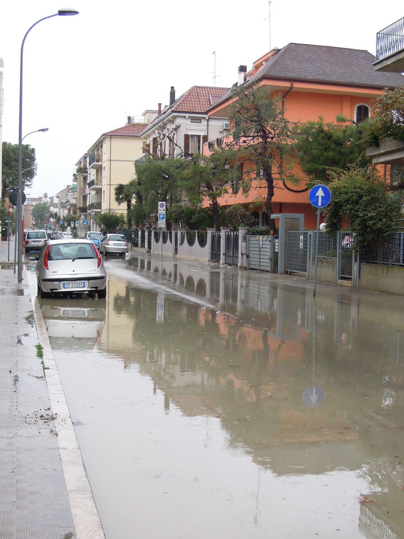 Pioggia 21 febbraio, allagamenti quartiere Sant'Antonio zona via Monfalcone (Fulvio Baiocchi) 7