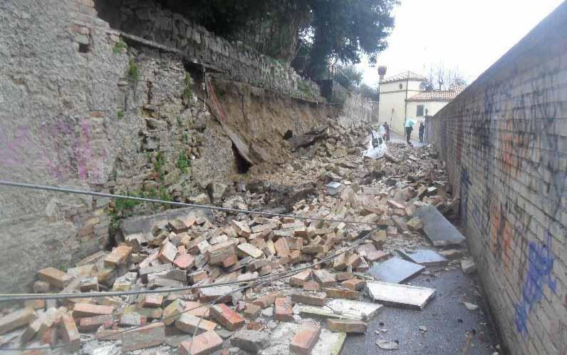 Pioggia 21 febbraio, crollo a Via Bastioni (Paese Alto), foto Tonino Spinozzi 5