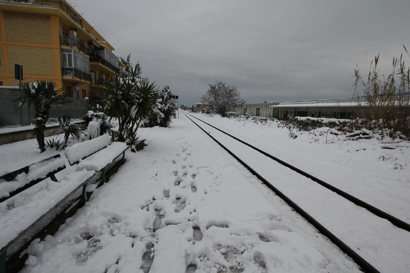 Stazione di Centobuchi, neve 4 febbraio (antonio i.) 2