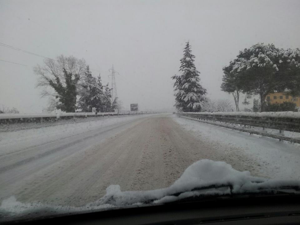 Superstrada e neve 3 febbraio 2012