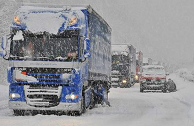 Camion sulla neve