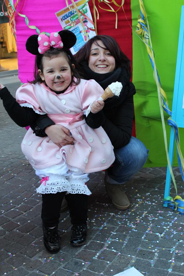 Una simpaticissima Minnie: è Maria Cristina M., insieme a mamma Giovanna