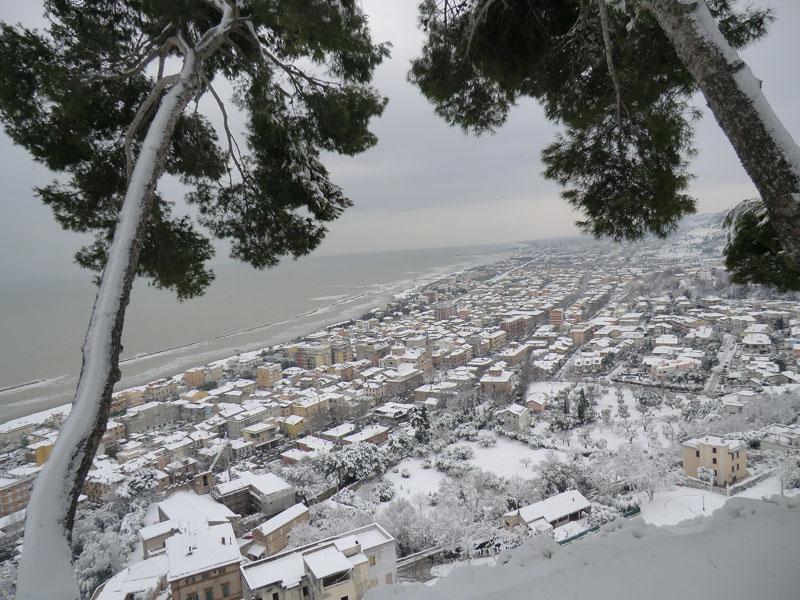 Neve a Grottammare 4 febbraio 2012 (Clarita)