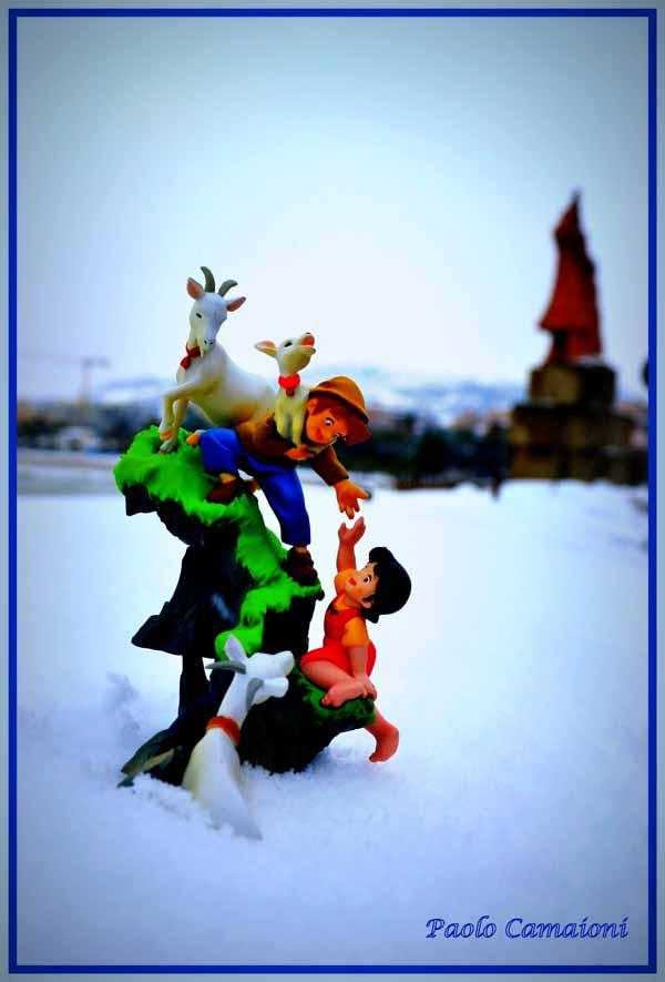Neve, 5 febbraio 2012. Strani incontri... Foto di Paolo Camaioni