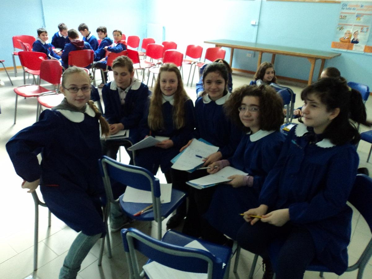 Alcuni alunni della classe 5 D della scuola Giuseppe Speranza