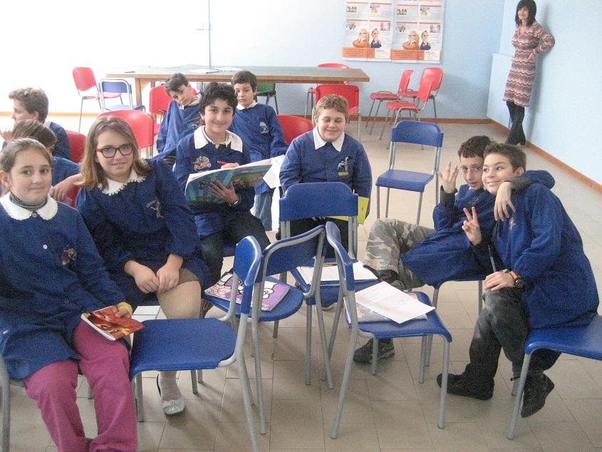 Alcuni alunni della classe 5A della Scuola Speranza di Grottammare