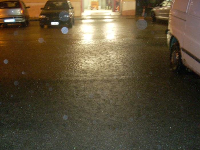 Pioggia e allagamenti in centro, 6 marzo