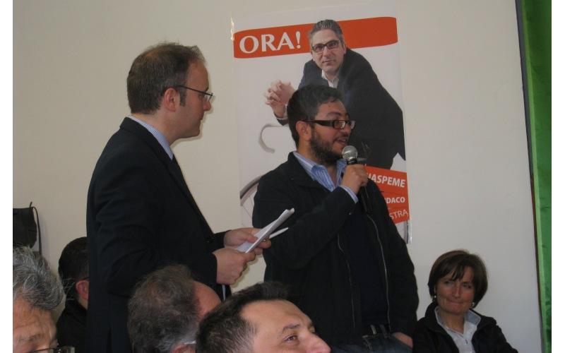 Robert Verrocchio e il segretario del Pd di Martinsicuro Giuseppe Capriotti