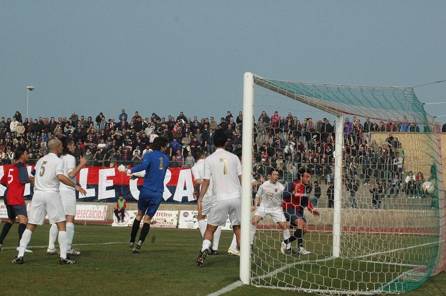 Il gol di Mengo alla Civitanovese