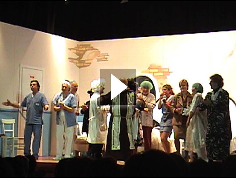 La compagnia Fuori di Testo in una delle sue rappresentazioni teatrali