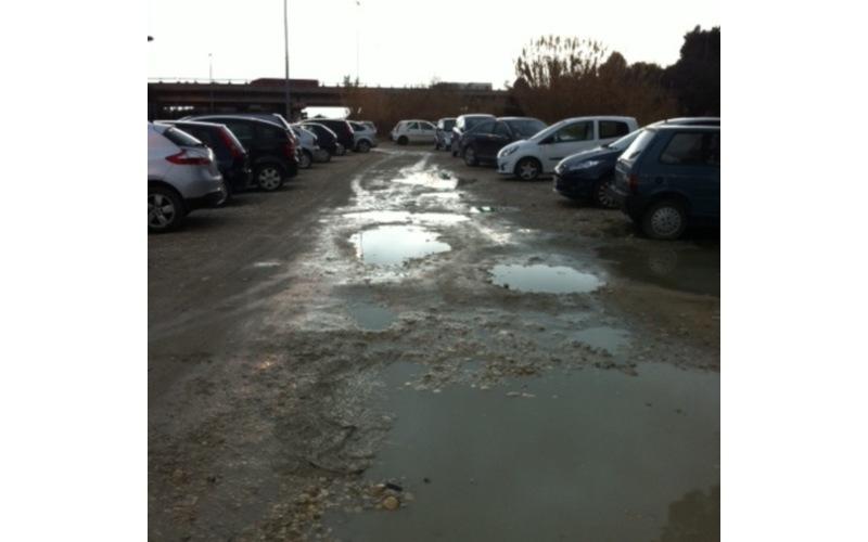Parcheggio Autostrada Grottammare 6