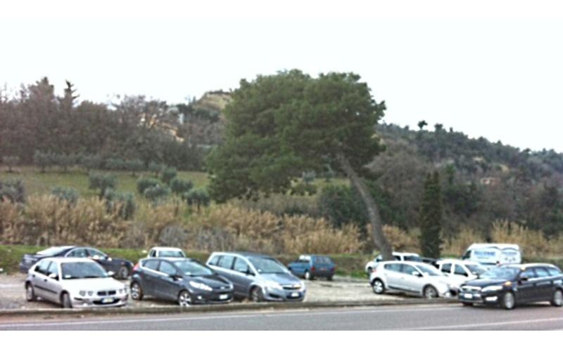 Parcheggio Autostrada Grottammare 7