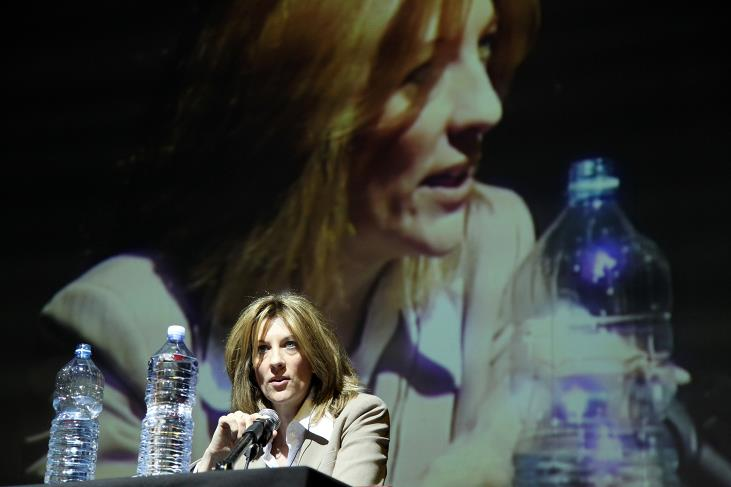 Stephanie Kelton all'MMT Summit di Rimini (foto Democrazia MMT Italia)