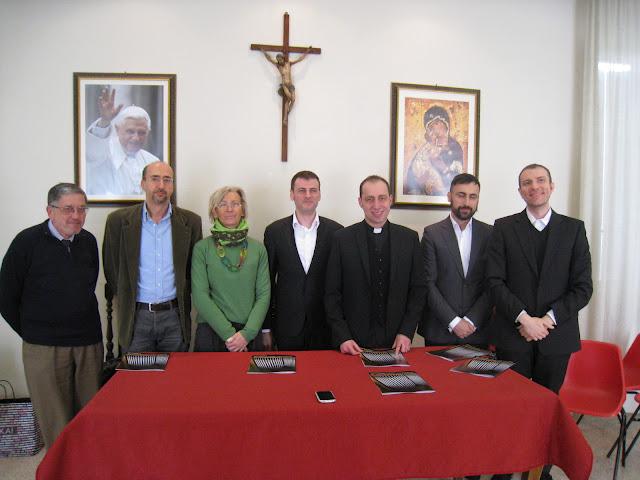 Da sinistra: Carlo Venturi, Mauro Ferrante, Margherita Sorge, Massimo Malavolta, don Armando Moriconi, Filippo Sorcinelli, Stefano Pellini