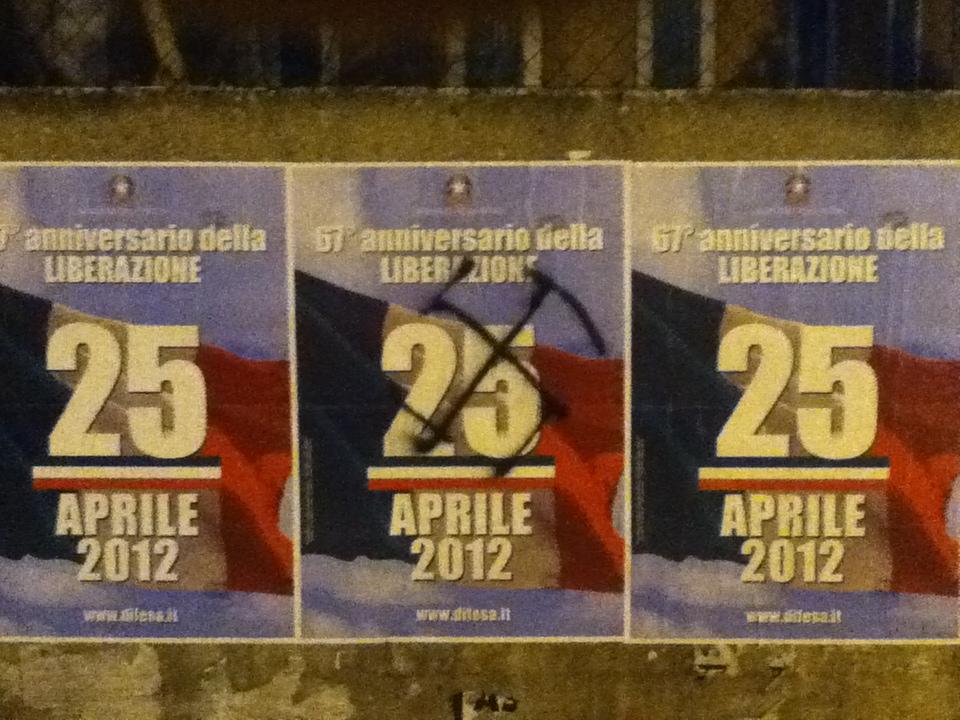 Svastiche sul manifesto del Ministero della difesa per il 25 aprile