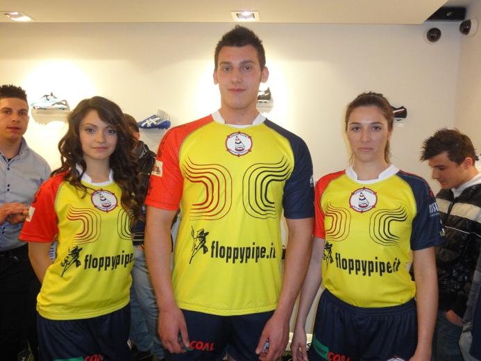 La presentazione della nuova maglia da gioco dell'Unione Rugby San Benedetto