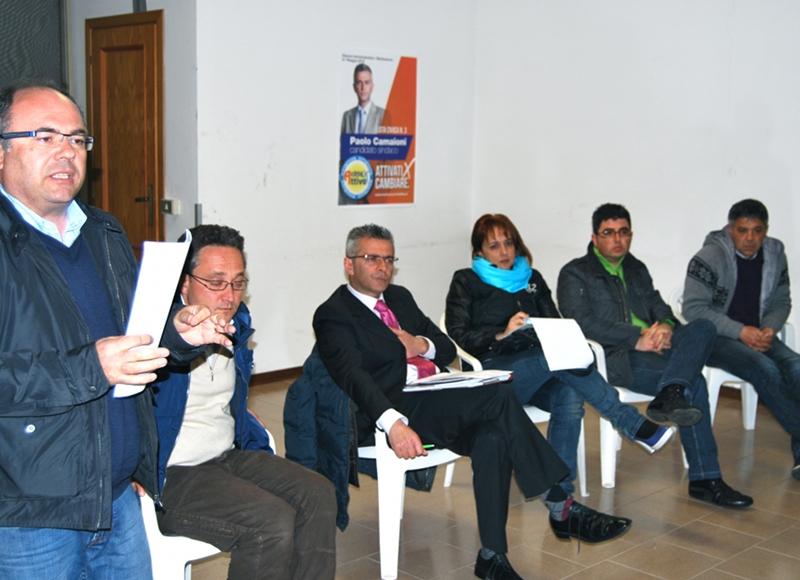 La lista civica Città Attiva durante l'incontro con il quartiere Nuova Rosa