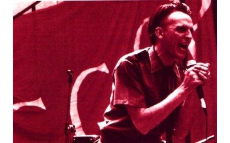 Giovanni Lindo Ferretti ai tempi dei CCCP, negli anni 80