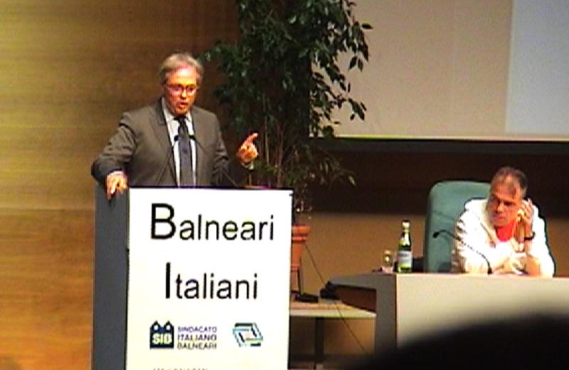 Spacca a Roma alla protesta dei Balneari Italiani