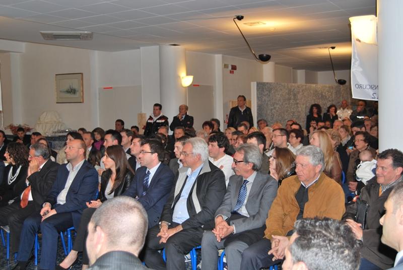 Il pubblico presente alla presentazione della lista Progetto Comune
