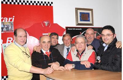 I dirigenti della Scuderia Ferrari Club Villa Rosa