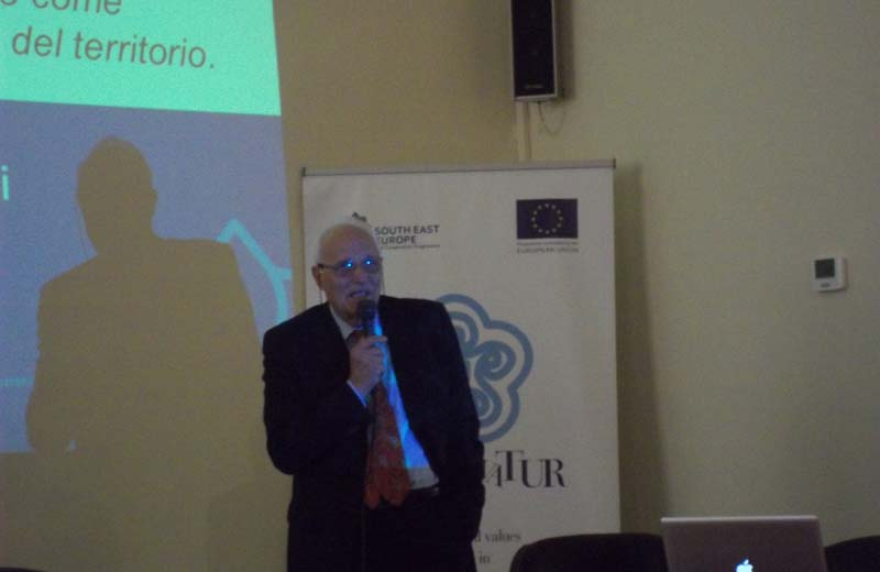 Gino Verrocchi, Recultivatur Manager