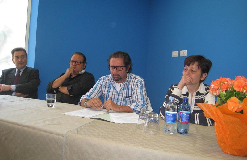 Toni Lattanzi durante la conferenza stampa