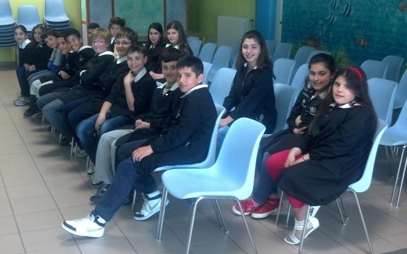 La classe 5 B della scuola Armando Marchegiani