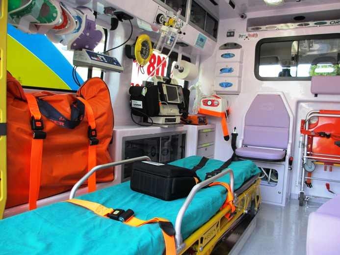 Misericordia Grottammare nuova ambulanza di soccorso con sistema innovativo 2012  (2)
