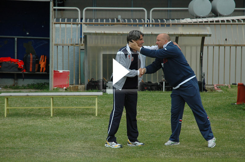 Palladini saluta il collega Lo Garzo prima dell'inizio