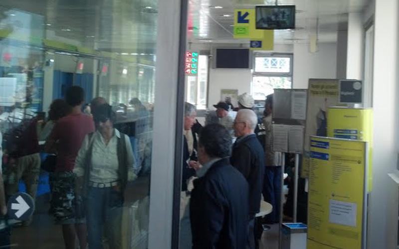 Posta piazza Setti Carraro, 2 maggio 2012