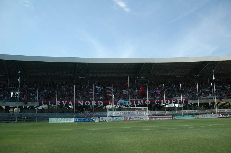 Samb-Legnago, la curva dei tifosi rossoblu (giammusso)