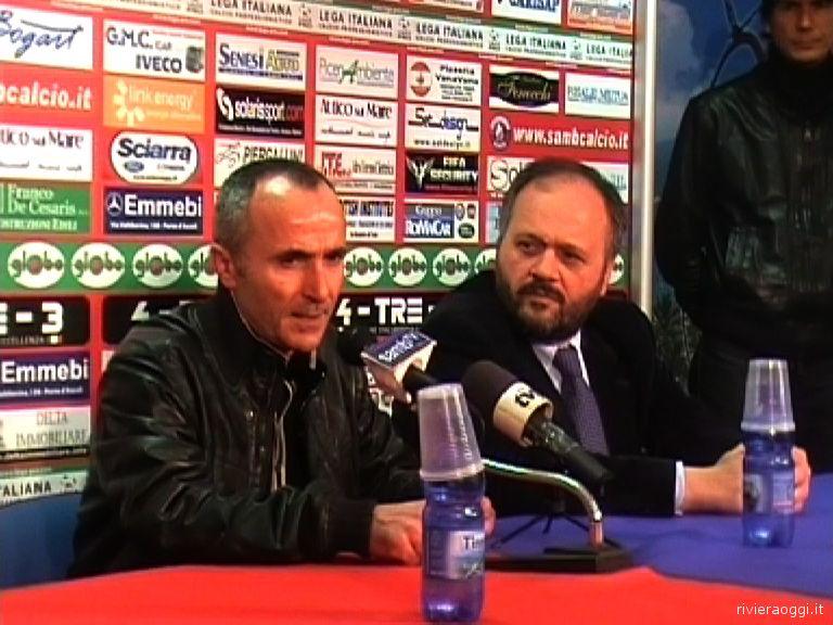 Gaspari con l'allora presidente della Samb Gianni Tormenti, alla sua ultima conferenza stampa, il 25 marzo 2009