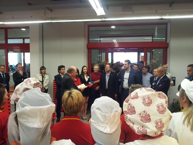 Inaugurazione Conad, la benedizione di don Gabriele