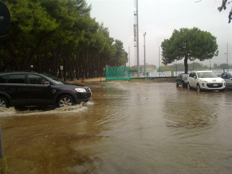 23 luglio 2012, zona Campo Europa allagata, foto Nazzareno Cecchini 1 via sforza