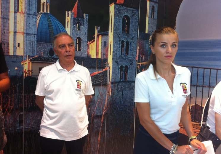 Angelo Ciabattoni e Laura Mascitti due addetti dello Iat