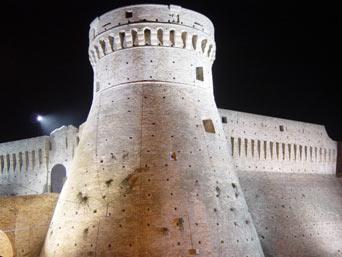 Fortezza Medievale fonte turismoMarche