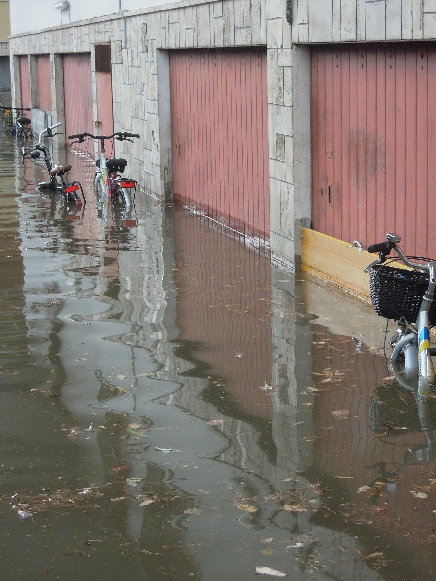 Luglio 2012, via Trento allagata 7