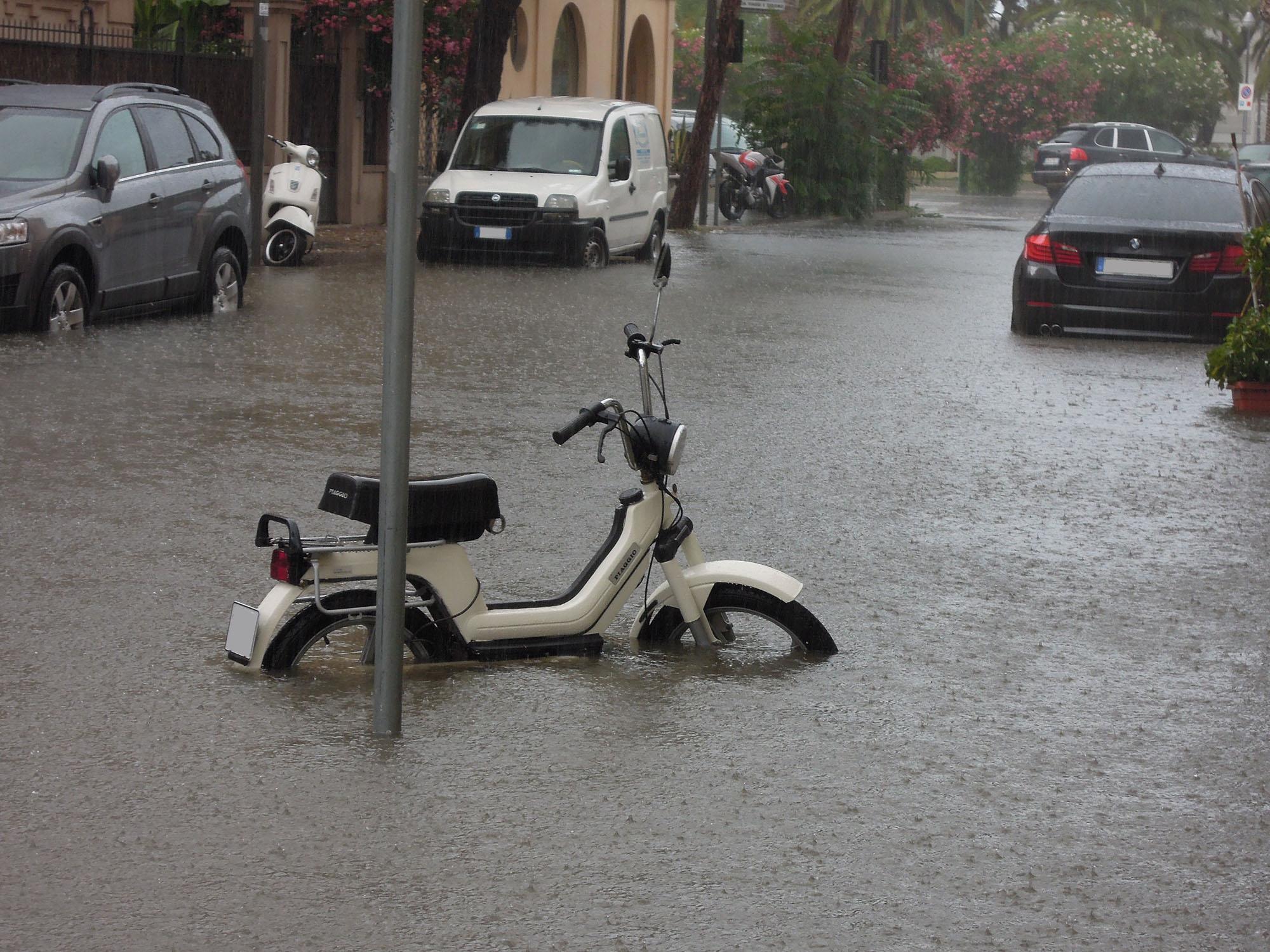 Luglio 2012, via Trento allagata