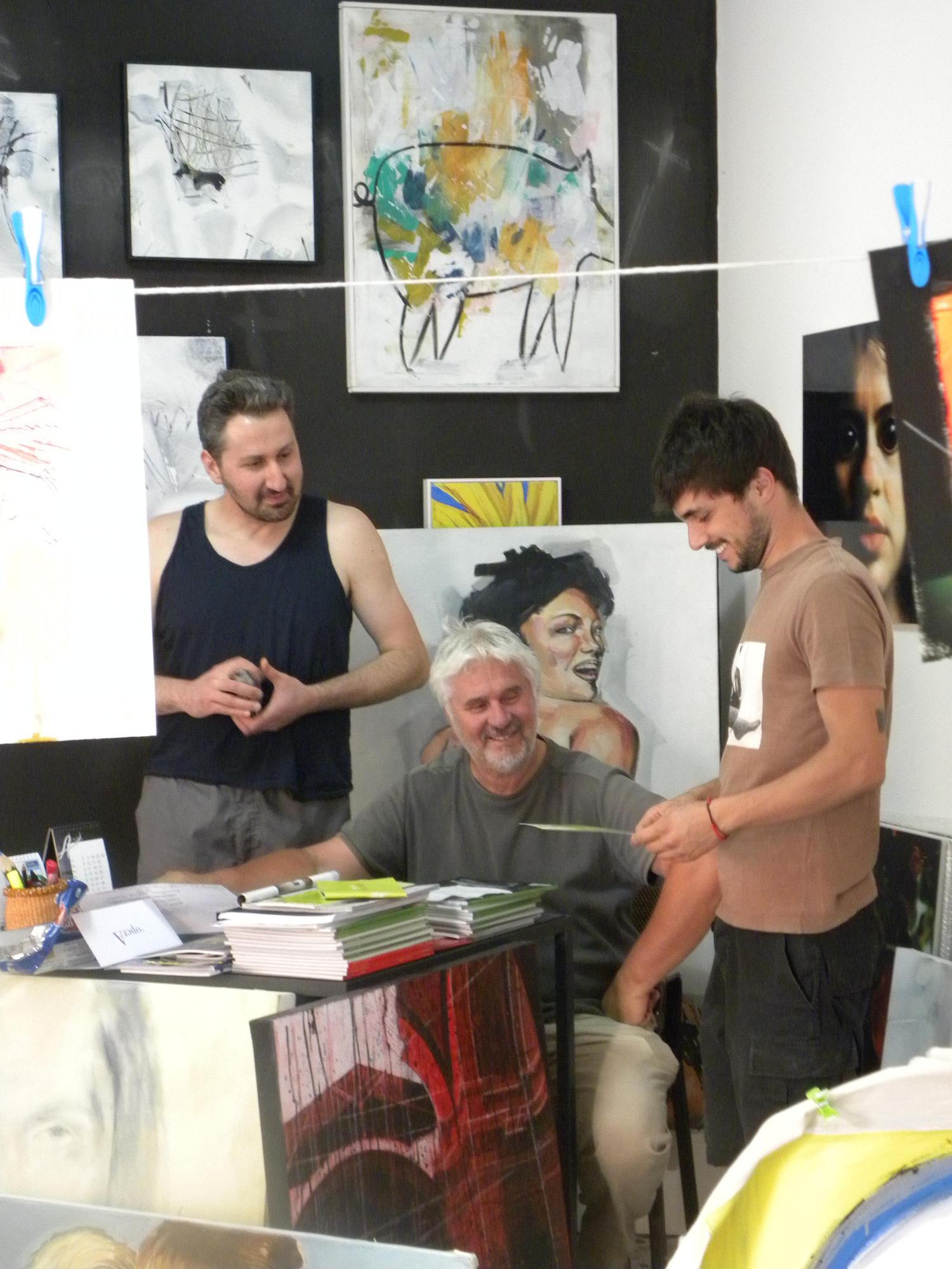 Nazareno Luciani con i suoi artisti