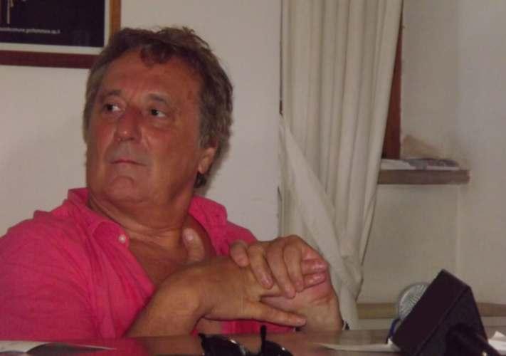 Enzo Iacchetti alla conferenza di bilancio del Cabaret amoremio! 2012
