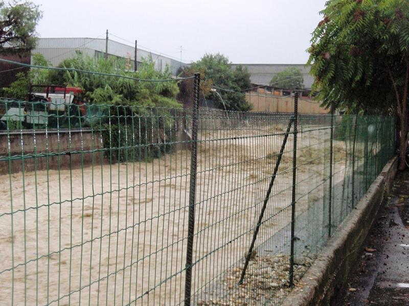 Forte pioggia e allagamenti su San Benedetto del Tronto 14 settembre 2012  (12)