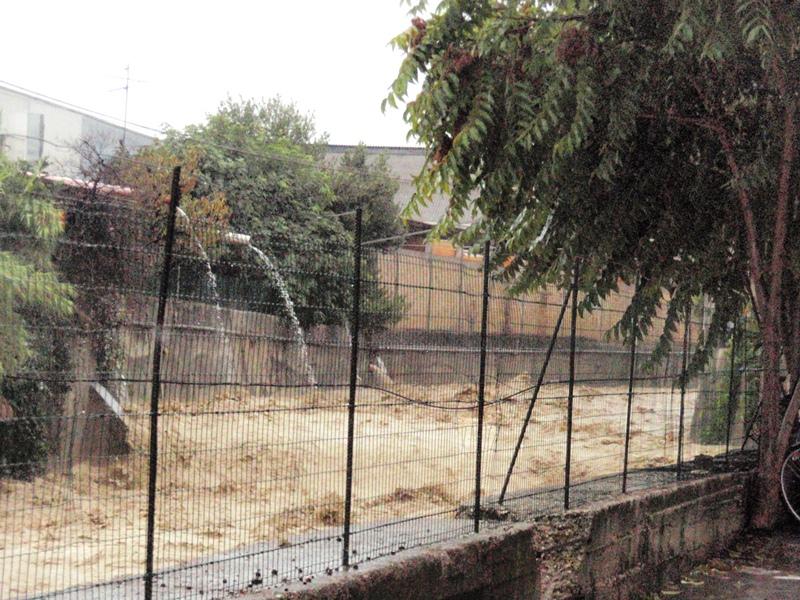 Forte pioggia e allagamenti su San Benedetto del Tronto 14 settembre 2012  (9)
