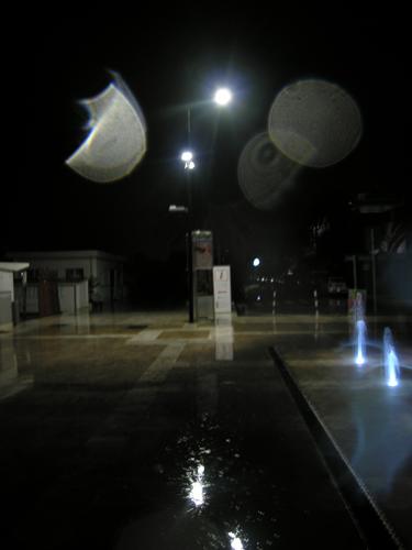 Lungomare di Grottammare senza luce a causa della pioggia, 5 settembre 2012, foto emanuele verdecchia