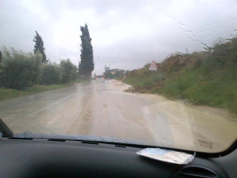 Strada Valtesino Grottammare 14 settembre 2012 2 foto di Annalisa Cameli  (2)