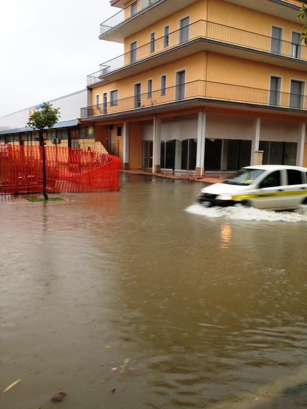 Via Val tiberina, angolo via Val Venosta foto di Sergio Consorti