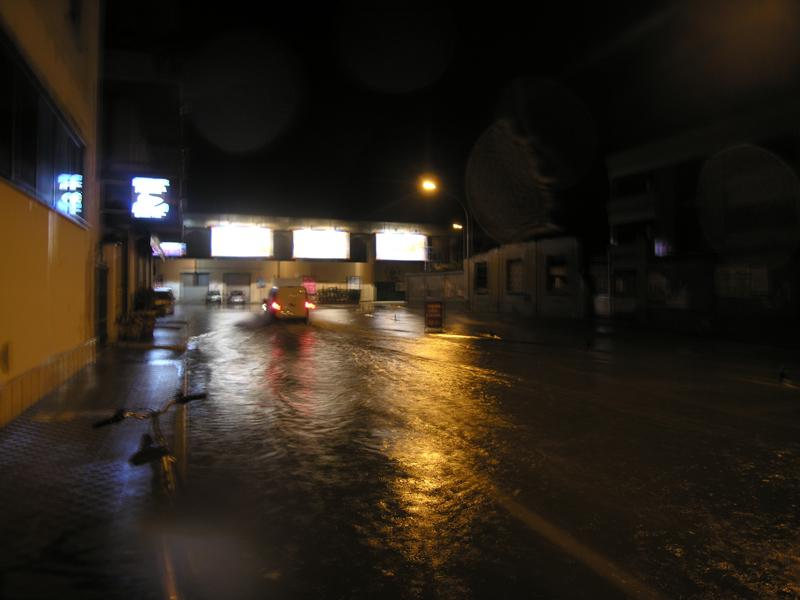 Viale Colombo allagata 5 settembre 2012, foto emanuele verdecchia
