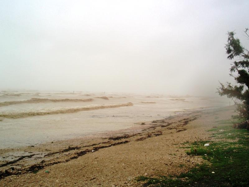 Violenta mareggiata Riviera delle Palme 14 settembre 2012  (6) Lucio Felicioni