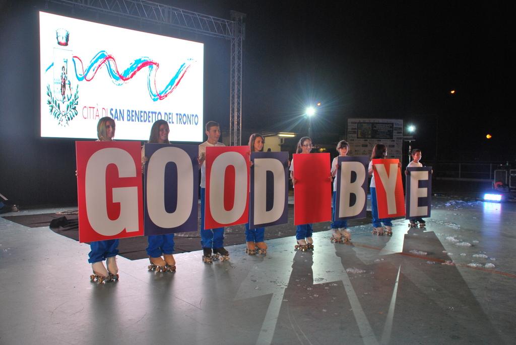 cerimonia di chiusura mondiali pattinaggio