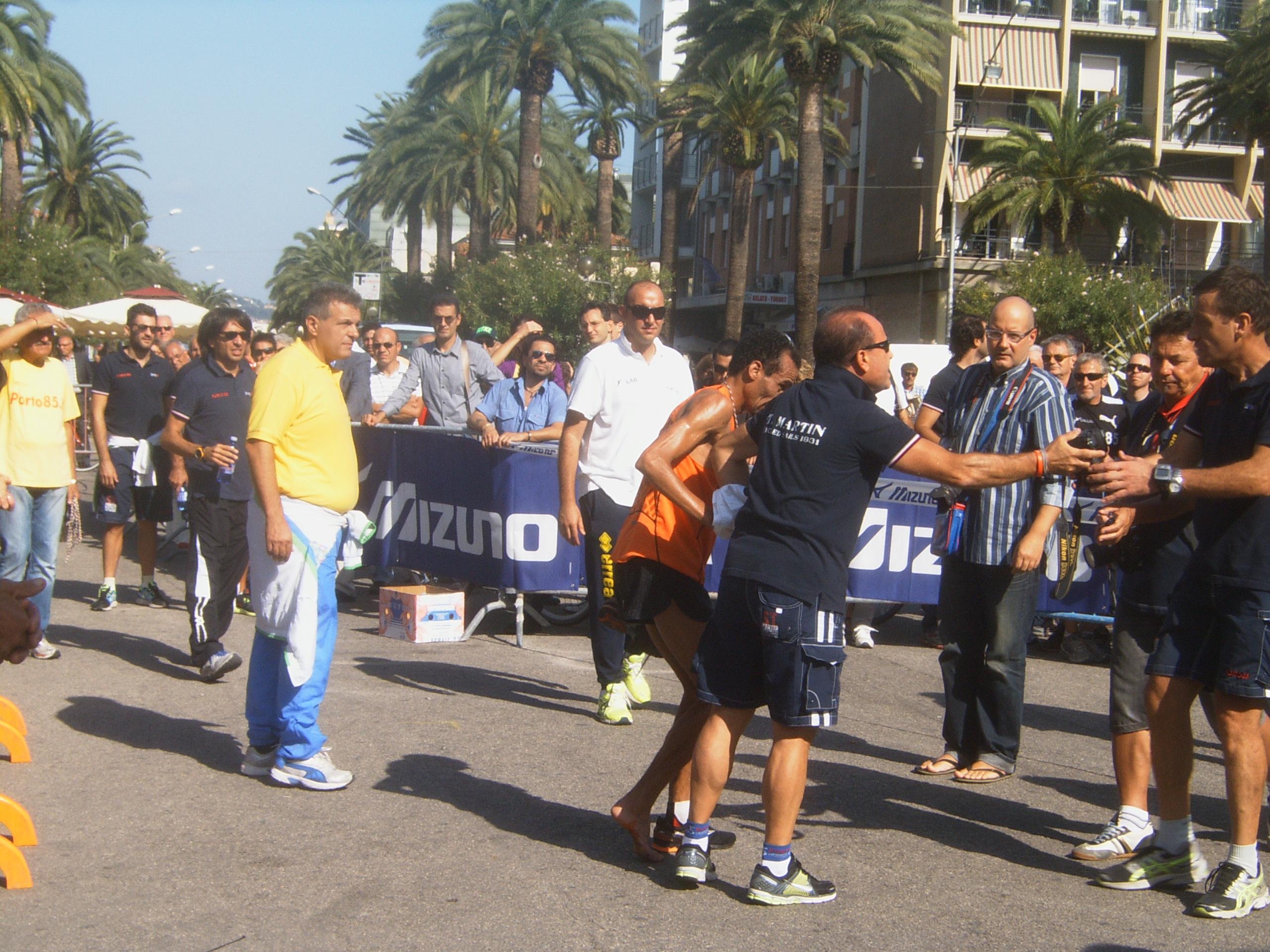 Maratona Ascoli-San Benedetto, crampi Laalami